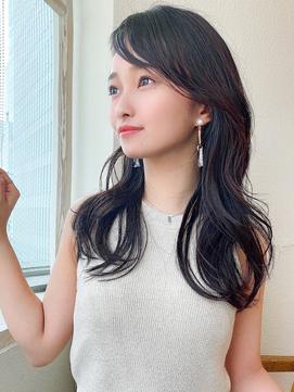 アフロート矢田菜津紀 20代30代ナチュラル暗髪ロング流し前髪