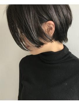 【central】 美シルエット ×  ショートボブ