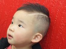 スリーズヘアー(3's hair)の店内画像