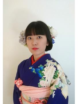 生花でより一層華やかな【上品な個性派成人式着物スタイル☆】