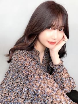韓国風小顔ヨシンモリヘア