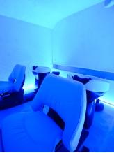 ≪癒しの個室空間≫至極のヘッドスパは「青の洞窟」をイメージした個室で。憧れのクリアなうるさら髪に!