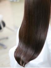 [生駒駅3分]今までの縮毛では髪が硬くなってしまう方必見!自慢のナチュラルストレートで魅惑の仕上がりに☆