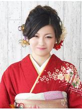 【成人式・振袖ヘア】ゆるくまとめたアップスタイル .53