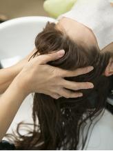 アロマの香りと泥の洗浄力でリラックス&リフレッシュ☆自然派にこだわったヘッドスパを是非お試し下さい♪