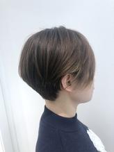 【essensuals】前髪の軽さが決め手のハンサムショート.8