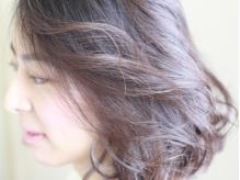 個人の髪質を丁寧にカウンセリング。ダメージの原因を見極め、先々のスタイルを考えたご提案を致します。