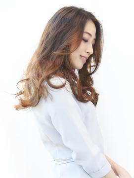 ツヤと透け感のあるキレイ髪★ナチュラルウェーブヘア