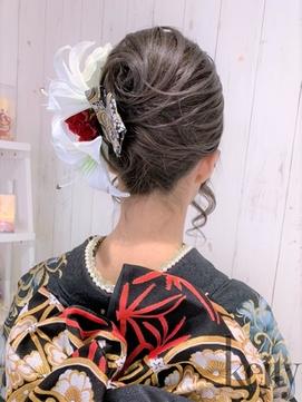 スジ盛り夜会巻き【盛りヘアTEL予約でお得】¥3000→¥2500