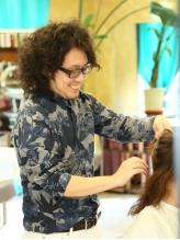 特殊なドライカットでどんな髪質の人でも魅力を引き出す!悩みの原因はあなたの髪質のせいではない!