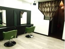 �w�A�T���� �J�~���U ���C�Y(hair salon kamiwaza Raiz')