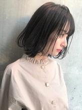 st751_透明感ヘルシーレイヤーイルミナカラー黒髪ベリーショート.15