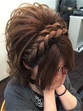 カチューシャスジ太め盛り 盛り髪.16