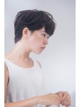 大人かわいい耳かけひし形ハンサムショート olyvel 恵比寿 高橋.17