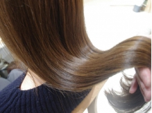 【UNBIRTHDAY】なら梅雨も怖くない!足りない脂質たんぱくを補い広がる髪もケア『COTAヘアエステTr¥3310』