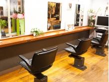 ヘアースタジオ ビバ(Hair studio VIVA)