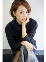 Rumor×【小顔】モデル風ショートボブ・ヌーディベージュ .21