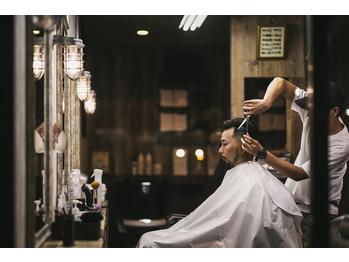 クリッパーズ バーバーショップ(CLIPPER S Barbershop)(佐賀県佐賀市)