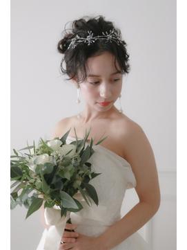 ブライダルヘア クラシカルアップ 花嫁ヘア ゆるふわヘア