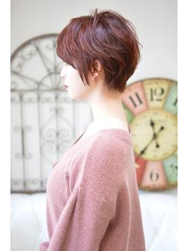 【メイズ 東中野・鍛原志行】大人可愛い赤髪ショート