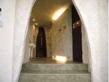 洞窟みたいなおしゃれな空間。シャンプーは静かな個室でゆったり