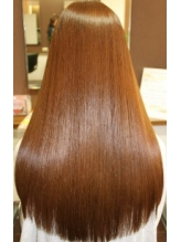カラーやパーマなどどんなメニューでも対応☆自分の髪とは思えないくらい、施術したその日から効果を実感!