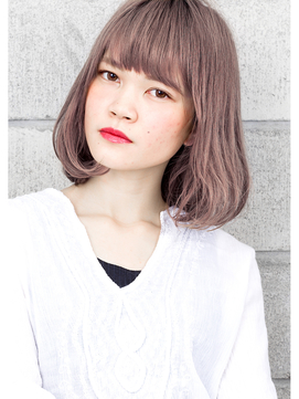 ☆ グレージュ & 毛束感 ☆ デザインカラー 切りっぱなしボブ☆