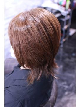 髪が綺麗なレイヤーカット