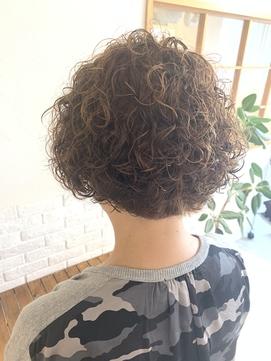 LiLy hair design. ふわふわパーマ