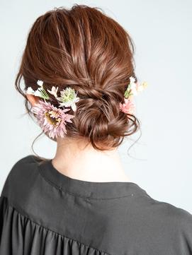 結婚式や二次会、パーティに♪編み込みダウンヘアアレンジ
