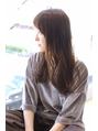 Happiness清水美樹xアシメ前髪のグレージュロングデジタルパーマ