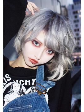 ☆CAPSULE☆ホワイトショートグレージュ!!