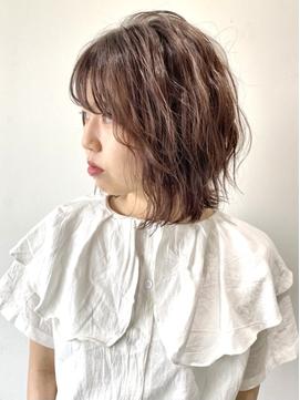 【FOLK】小顔 外ハネ シースルー 波巻き 横髪 アッシュベージュ