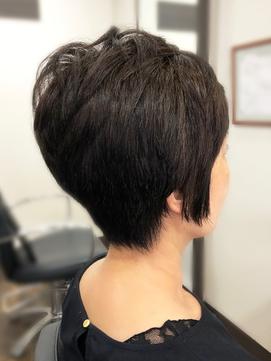 多毛の悩みもOK★コンパクトなメリハリ小頭ショート