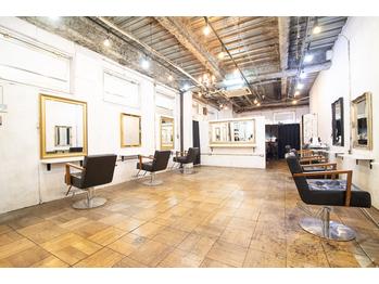 アーサス ヘアー サローネ 浦安店(Ursus hair salone by HEAD LIGHT)(千葉県浦安市)