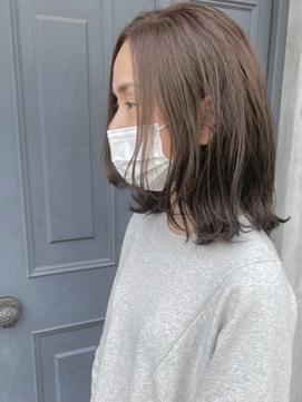 【VIVO】Fujiwara 癖毛を活かした切りっぱなしニュアンスボブ