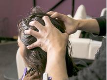 極上のヘッドスパで、癒しのひと時♪髪質改善にもおすすめ☆