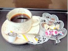 ゆったり寛げるようにドリンクとお茶菓子をサービス♪