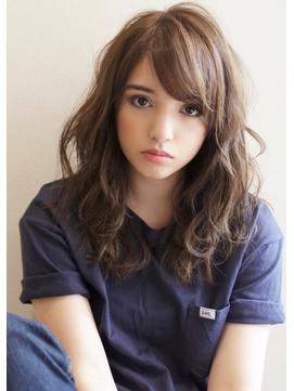 《Agu hair》大人かわいいくびれヌーディーベージュ 正面写真