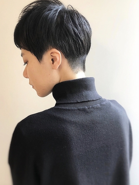 [高田馬場オガワヨシト]黒髪地毛風刈り上げベリーショート女子