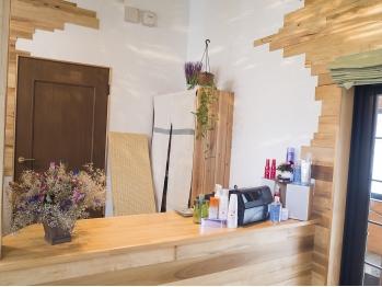 ヘアーサロンワラミ(Hair Salon warami)(秋田県湯沢市/美容室)