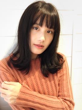 【秋山友美】大人の簡単ONスタイル★外ハネセミディ