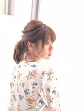 シェリエ☆可愛らしいポニーテール風アレンジ