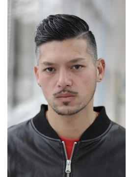 サッカー選手の様なオシャレモヒカン/ミスエッセンス竹下