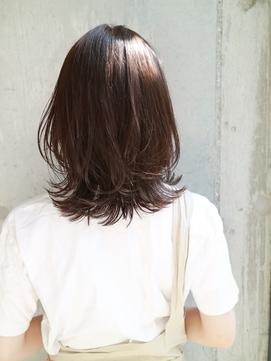 【DaVin中目黒】ミディアムレイヤー アッシュブラウン 外ハネ