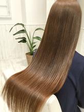 新トリートメント登場★蓄積したダメージを徹底補修!トレンドのうるツヤ髪で色っぽstyleに♪