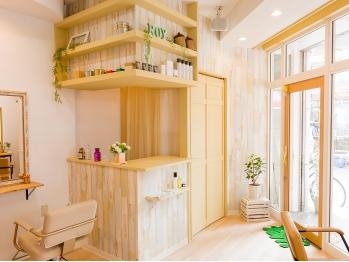 ロイ ヘアルーム 草加店(Roy hairroom)(埼玉県草加市)