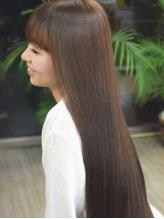 知識と経験に基づき、お一人お一人に最適な薬剤をチョイス★『Broad Hairの縮毛矯正』を是非この機会に♪