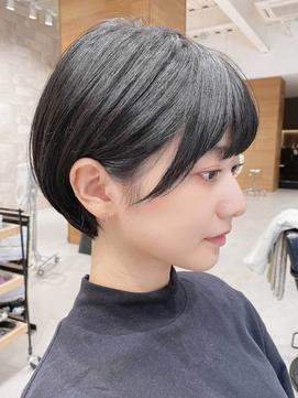 [The C 重田悠作] 丸みショート 黒髪ショート 小顔
