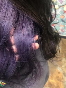 インナーカラー/バイカラー/黒髪/セクションカラー